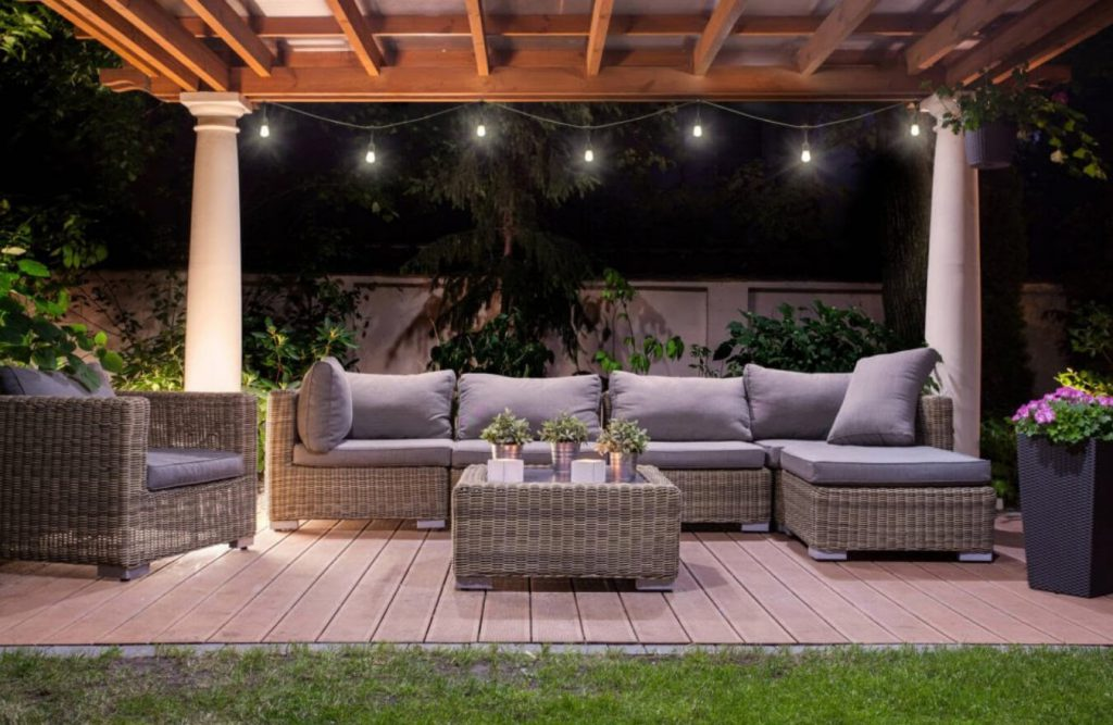 Lights-Entertaining-Evenings-Outdoor-Space
