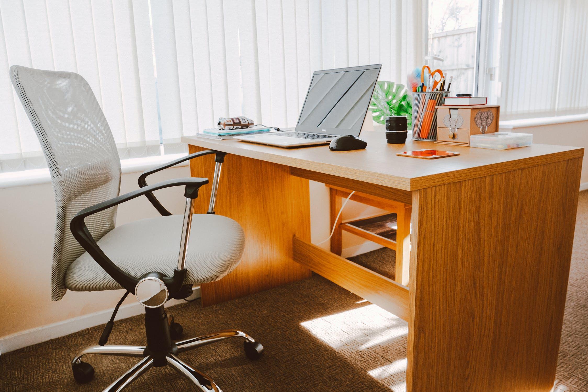 workspace-furniture