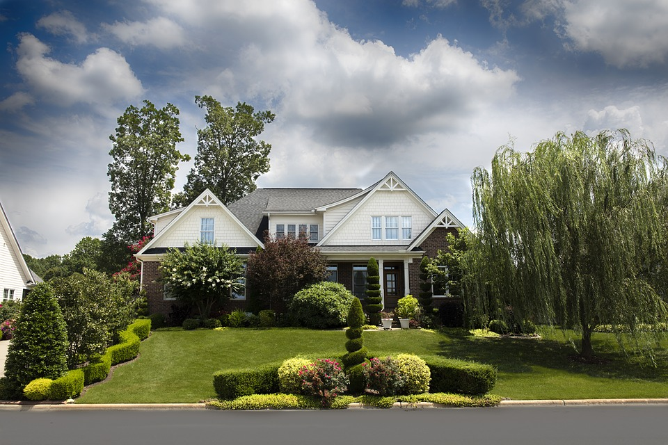 beautiful-home-suburbs